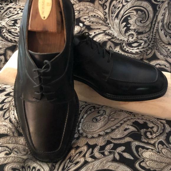 moc toe dress shoes